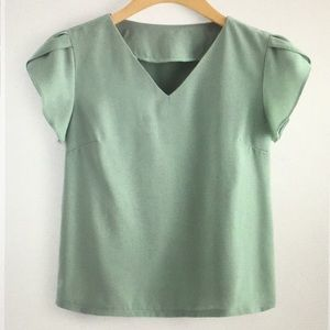 New - V neck petal sleeve blouse